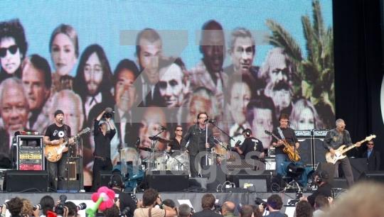 U2 at Live8